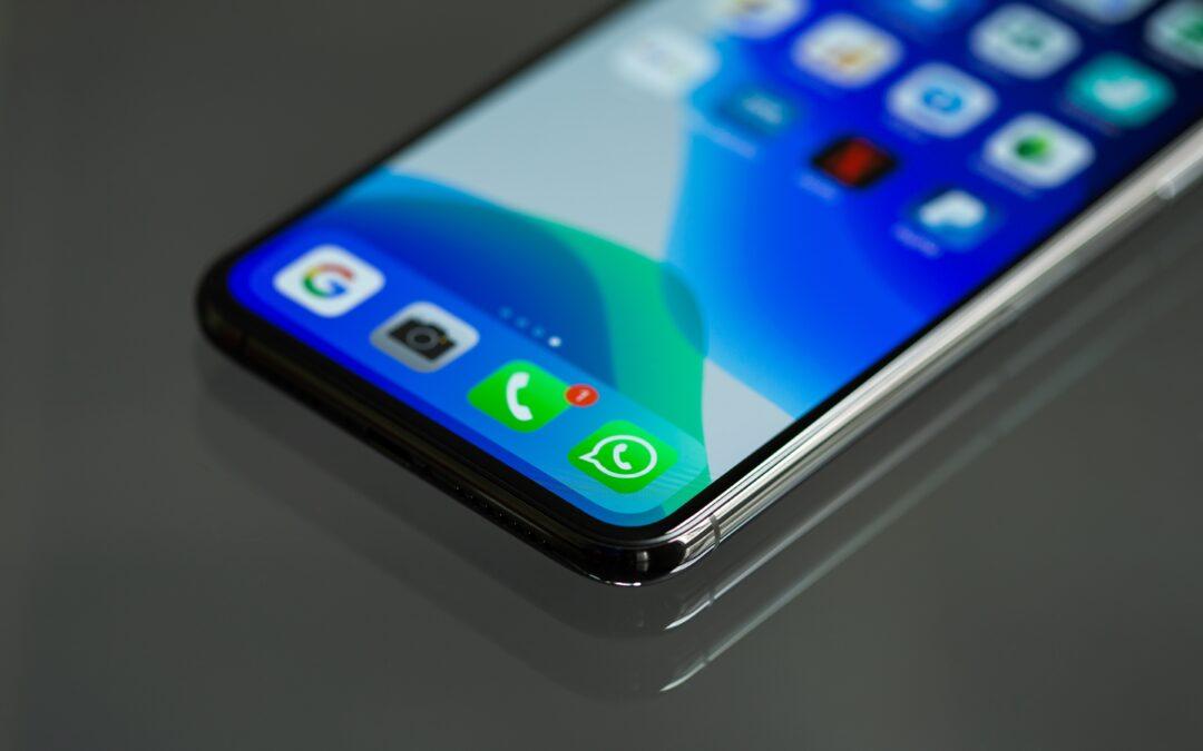 Dados e WhatsApp: especialista aponta importância da proteção de dados a clientes e usuários